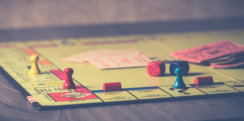 Apprendre les langues avec les jeux de société
